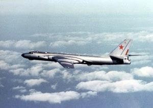 Tu-16_Badger_E